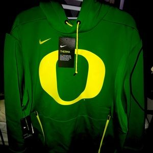Green Oregon Ducks College sweater.